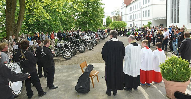 bad-buchau-motorradweihe